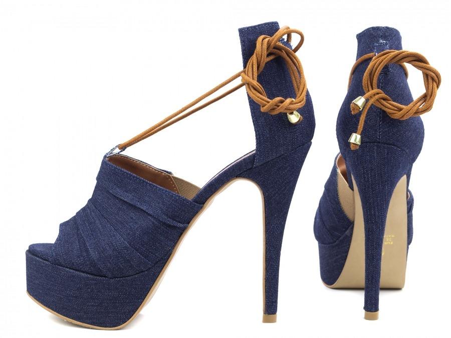 d363ee0d3 sandália feminina salto alto fino festa meia pata azul jeans. Carregando  zoom.