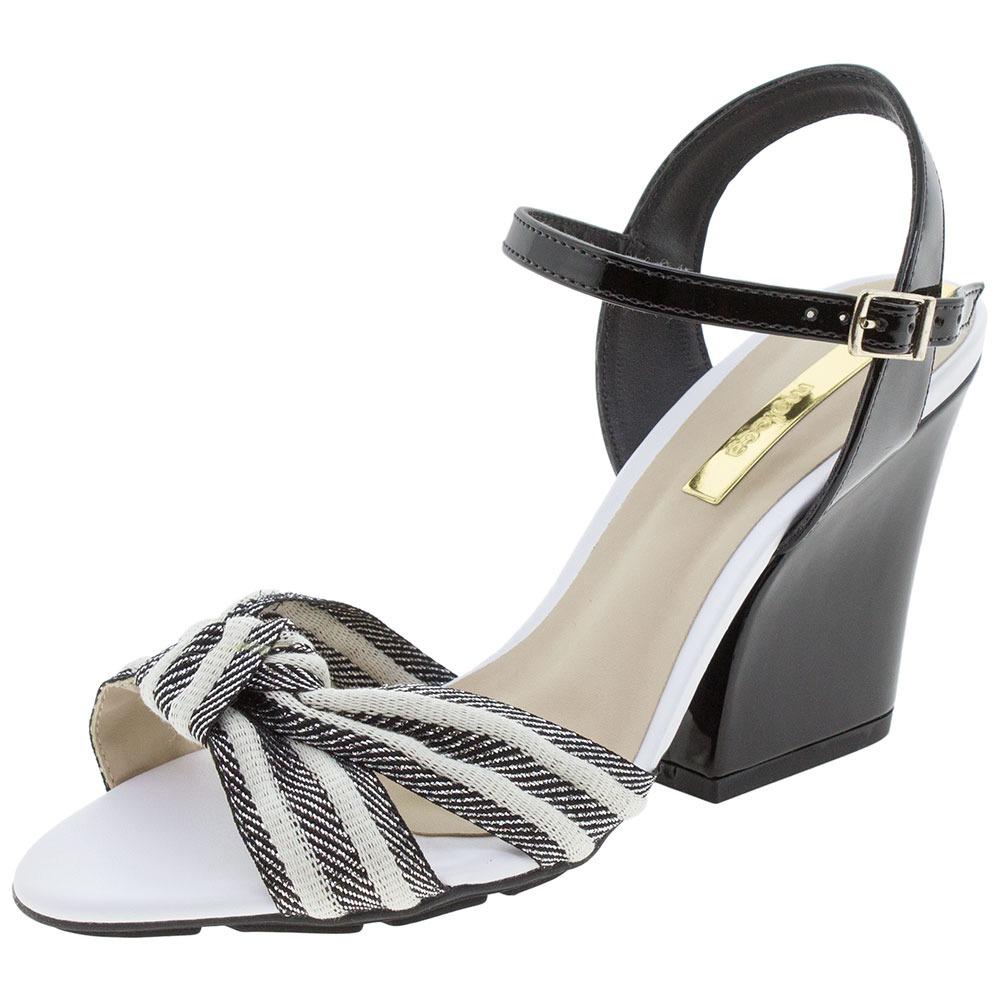 2013741d1f sandália feminina salto alto moleca - 5222352 preto branco. Carregando zoom.