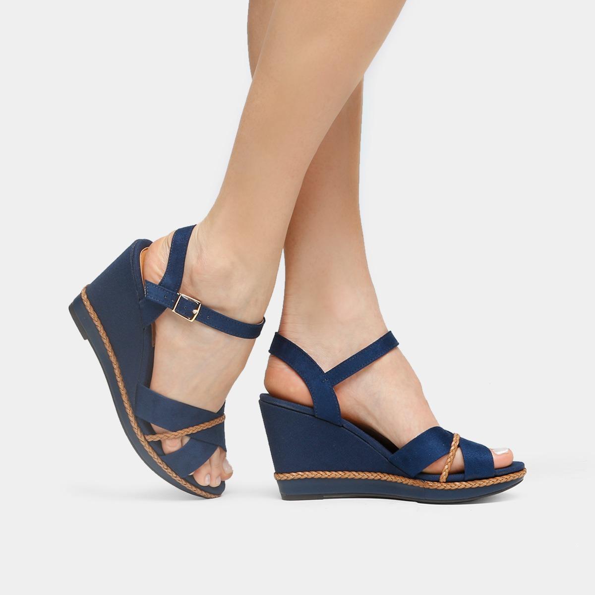 90d3c2831 sandália feminina salto anabela beira rio azul marinho. Carregando zoom.