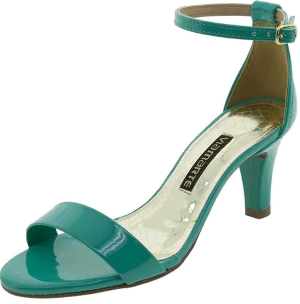 dd2826b53e4 sandália feminina salto médio esmeralda via marte. Carregando zoom.
