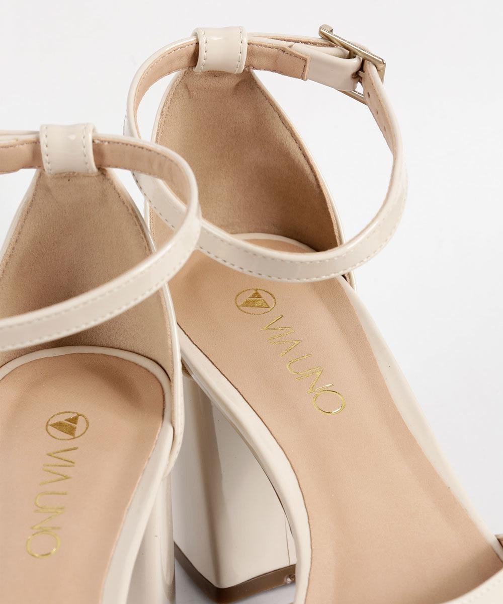 6ba66129f4 sandália feminina verniz meia pata via uno- original. Carregando zoom.