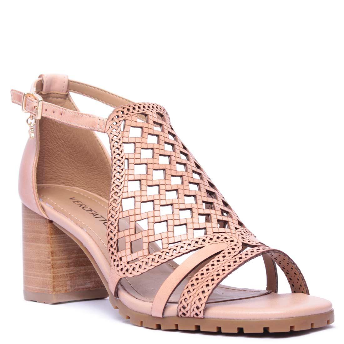 26e9b62865 sandália feminina verofatto de couro salto grosso. Carregando zoom.