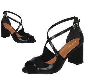 1a8be9aac1 Sapato Salto Grosso Via Uno por Passarela · Sandalia Feminina Via Scarpa  Preto Verniz 11462 Salto Grosso