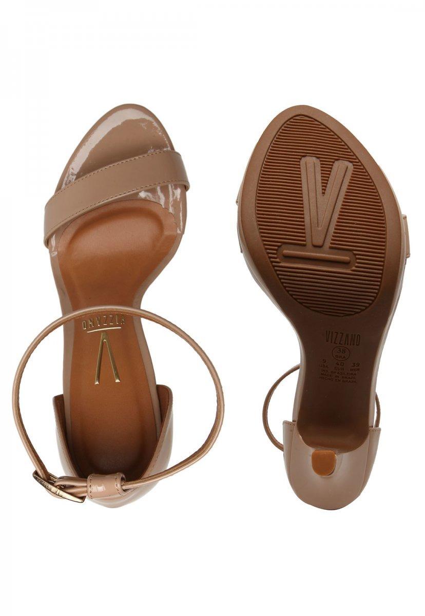 54fe37a310 sandália feminina vizzano salto alto verniz bege 6210455. Carregando zoom.