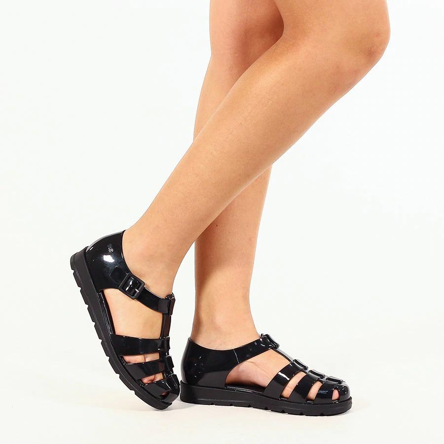 f0b723b02a sandália feminina zaxy breeze 17607 rasteira preta. Carregando zoom.