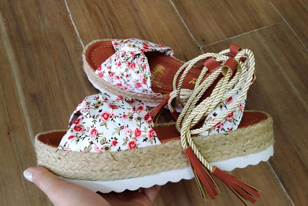 0545e2afef Sandália Feminino Amarrar Flatform Corda Palha Cru Floral - R  159 ...