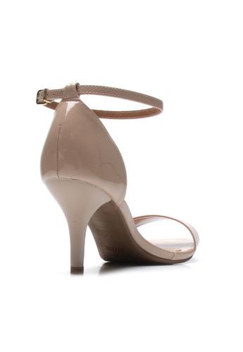 sandália gisele salto médio vizzano verniz premium 6276216