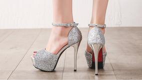 2fa17b096 Sapato Inspira O Importado Luxo Feminino Plataforma - Sapatos para Feminino  Prateado no Mercado Livre Brasil