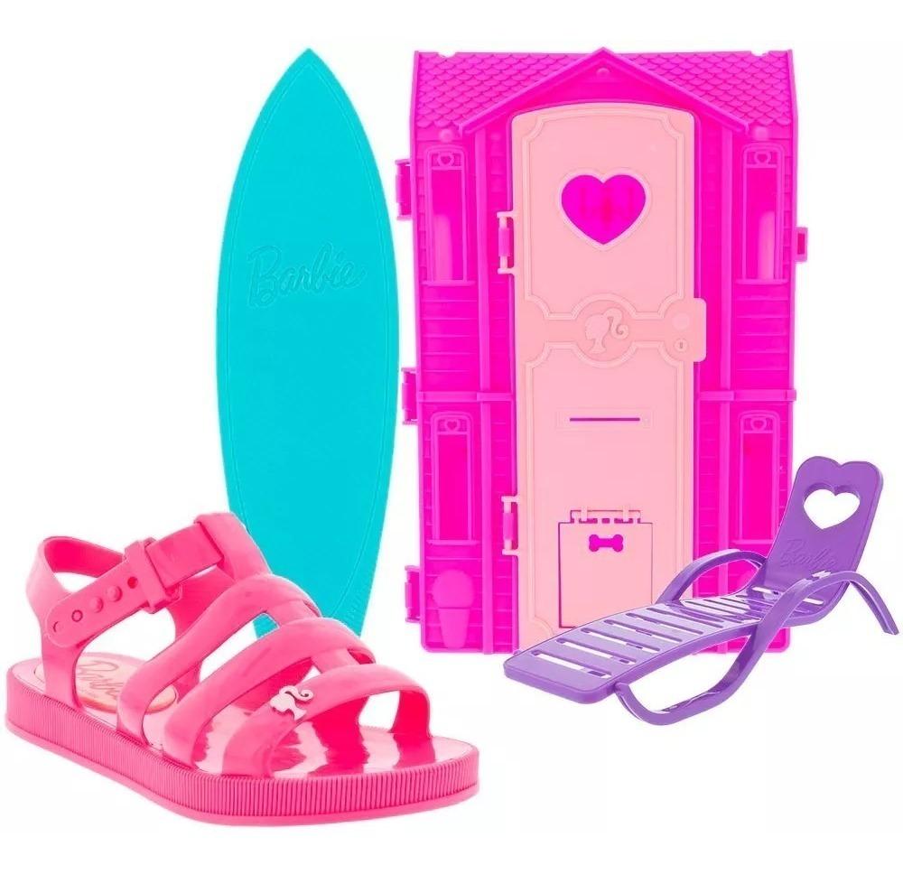 789e2dcfcfc0 sandália infantil barbie dream house+casa da praia grendene. Carregando  zoom.