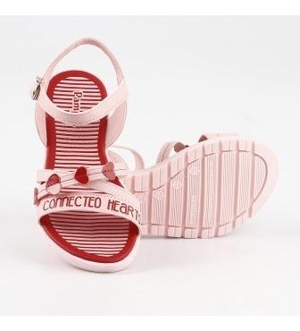 sandália infantil candy com bolsinha de pescoço corações