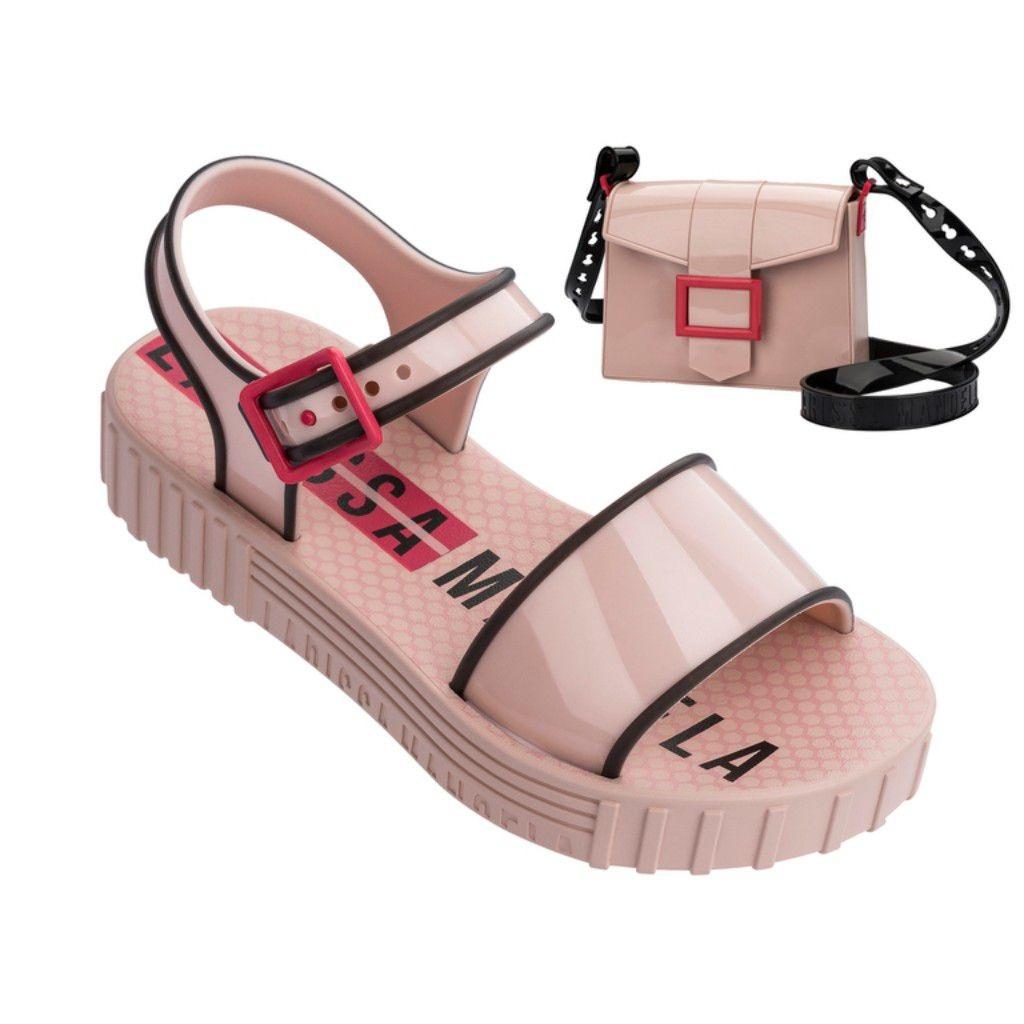e35f109f9 sandália infantil grendene larissa manoela com fashion bag. Carregando zoom.