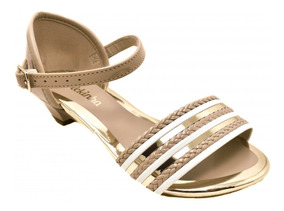 4931098d6 Buth Feminino Moleca - Sapatos para Meninas Pele com o Melhores Preços no  Mercado Livre Brasil