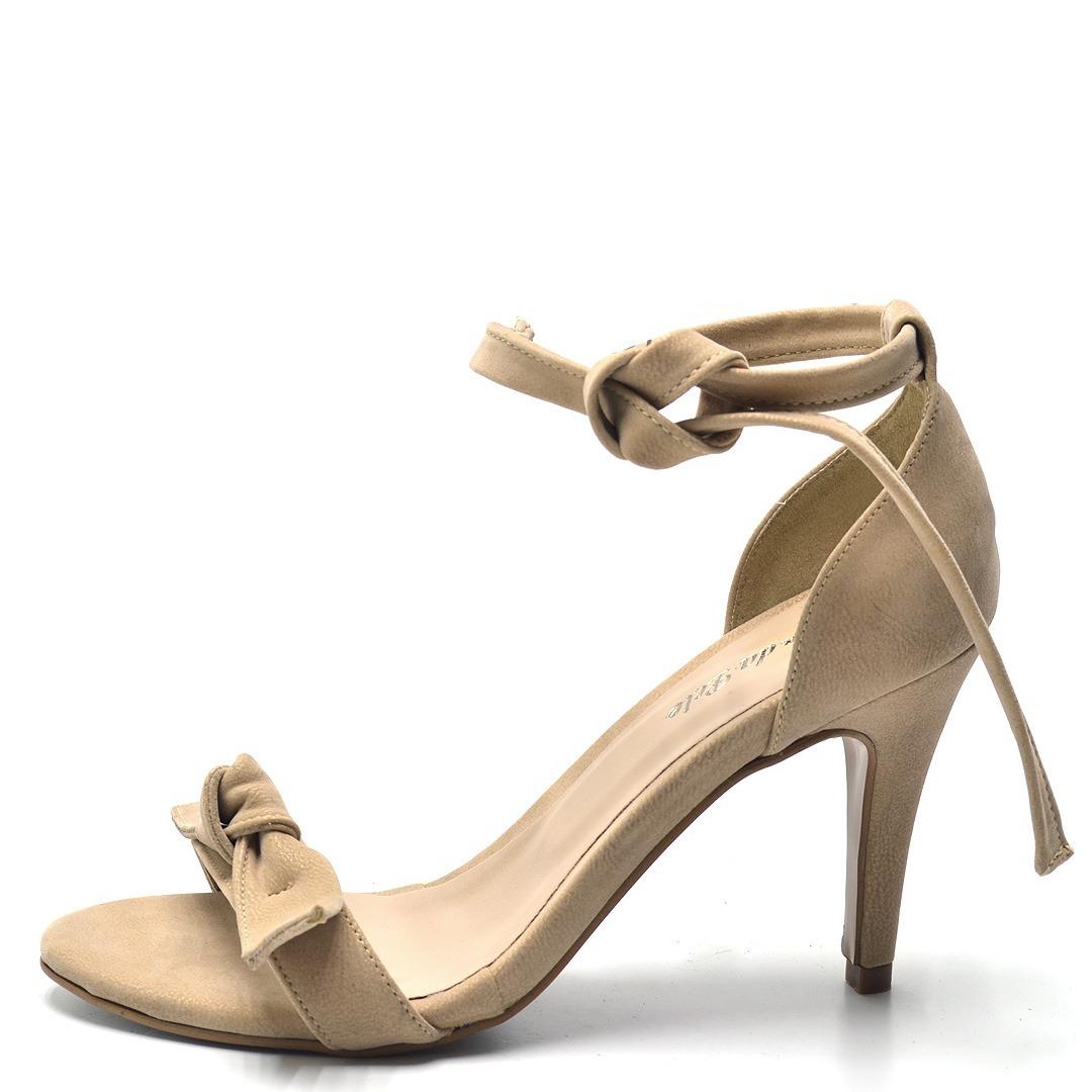 b9e0b2d88 sandália laço salto fino flor da pele promoção modelo arezzo. Carregando  zoom.