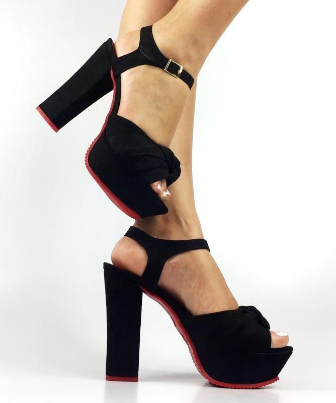 a71c58d02 sandália meia pata preta camurça nó laço salto grosso alto. Carregando zoom.