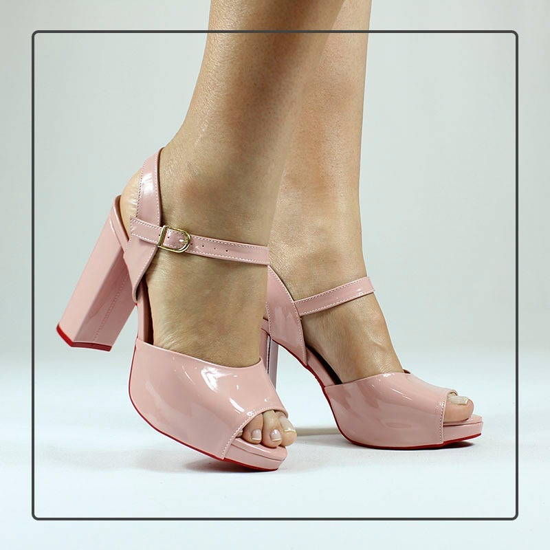 0ae2cce29d sandália meia pata rosa bebê claro verniz salto alto grosso. Carregando zoom .