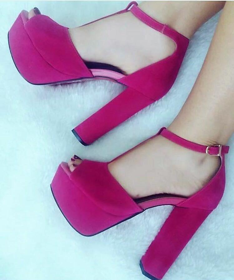 2189b94ca8 sandália meia pata salto alto grosso camurça rosa pink tira. Carregando  zoom.