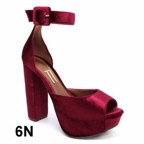 10c94b315d Sandália Vermelho Escuro Veludo Salto Grosso Alto Meia Pata - Sapatos no  Mercado Livre Brasil