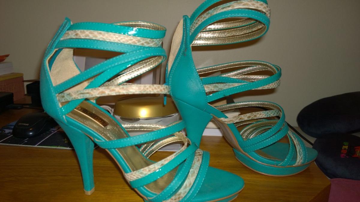 bc776159a Sandalia Miucha Azul Turquesa Couro Tam 35 - R$ 50,00 em Mercado Livre