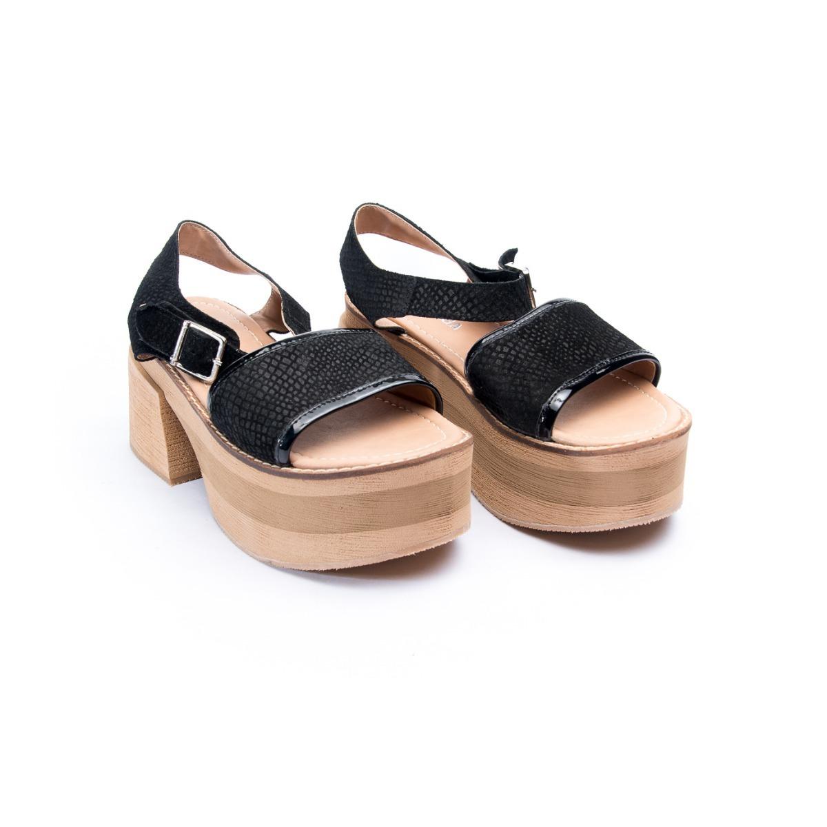 c3e2bf924e Sandalia Moda Mujer Via Praga - $ 1.294,00 en Mercado Libre
