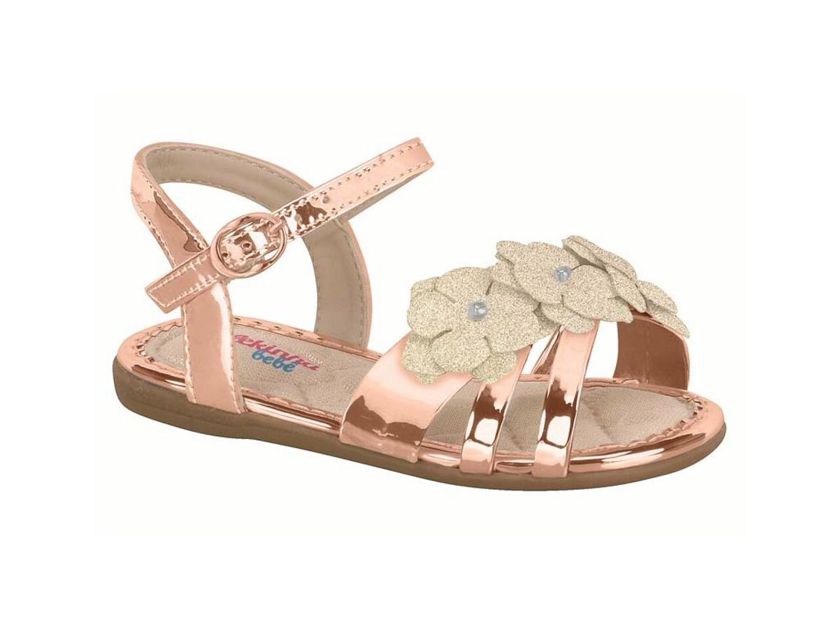 47f750b56 sandália molekinha baby bronze e branca 17 ao 25. Carregando zoom.