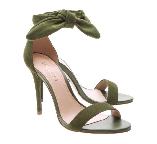 1bbe75a5b Sandália Nobuck Isabelli Alta Lace Up Verde Arezzo - R$ 170,00 em ...