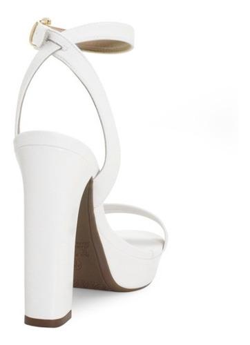sandalia noiva branca salto alto grosso confortavel