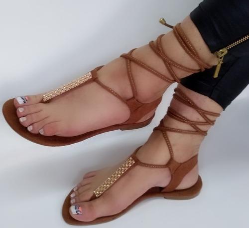sandalia plana de dama color marron miel moda elegancia