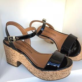 8d25cb4d39 Sandália Plataforma Anabela Morena Rosa Shoes Preto Verniz
