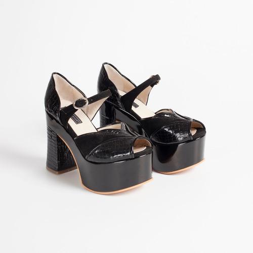 sandalia plataforma de cuero. art blow negro. otro calzado