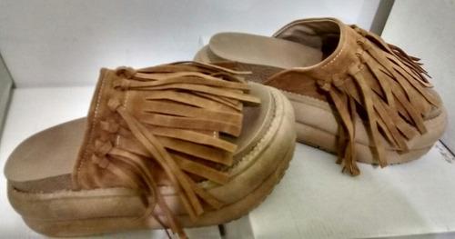 sandalia plataforma gomon con flecos moda verano 2017 2018