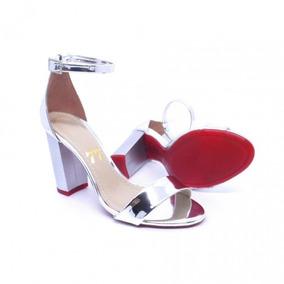 d12a7eb81 Esposende Calcados Feminino Botas - Sandálias para Feminino Prateado no  Mercado Livre Brasil