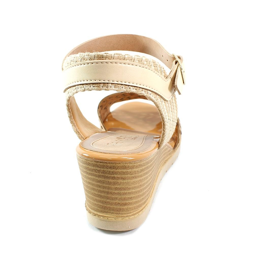 a1bcd77cea sandália ramarim anabela recorte caramelo feminino. Carregando zoom.