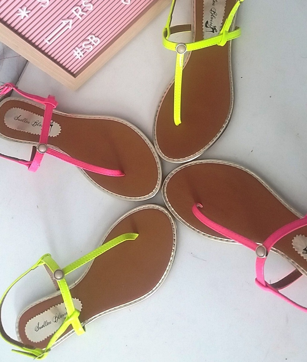 7e11c13a9 sandália rasteira pérola neon moda blogueiras instagram. Carregando zoom.