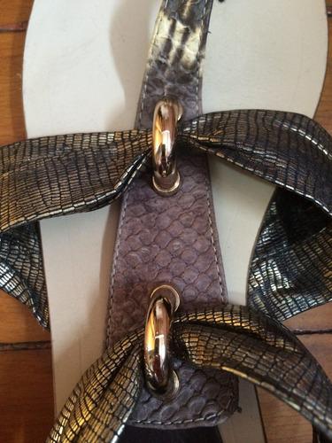 sandália rasteirinha com animal print cobra - tamanho 37