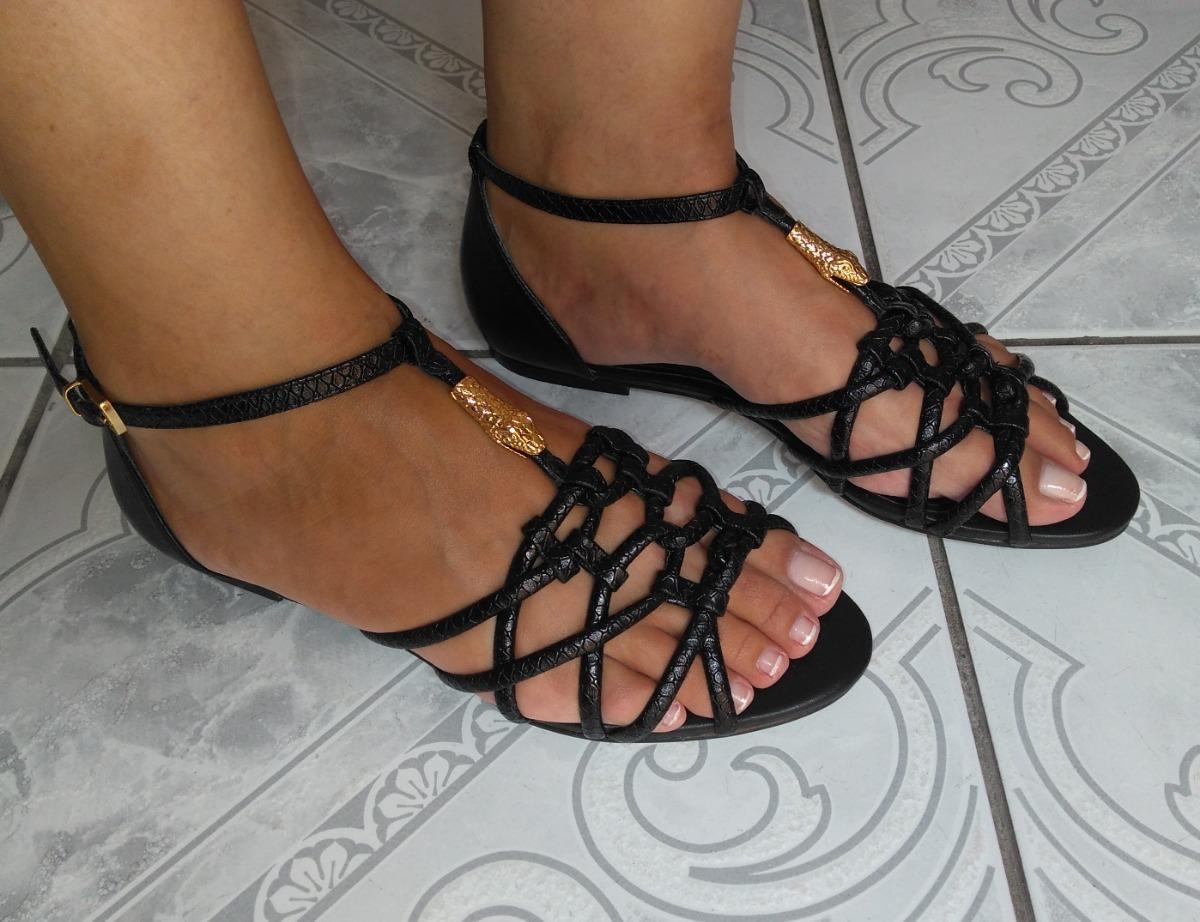 553ce989f1 sandália rasteirinha de couro marca arezzo. Carregando zoom.