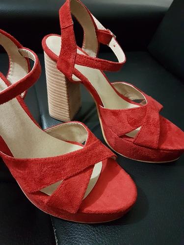 sandalia roja taco alto .fiestas,despedidas stampa woman