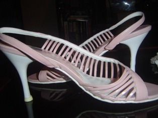 sandalia rosa,de tiras laterais,n 37