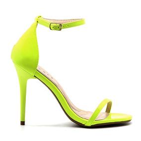d89ec28203 Sapato Penelope - Sapatos para Feminino Amarelo no Mercado Livre Brasil
