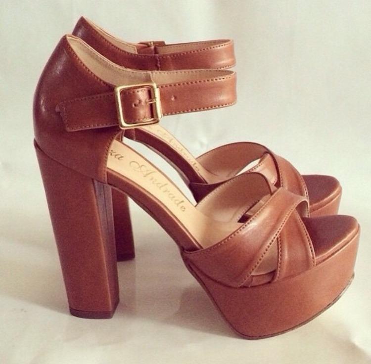 46ec410b84 Sandalia Salto Alto Grosso Marrom Trancada Marc Leluel Shoes - R ...