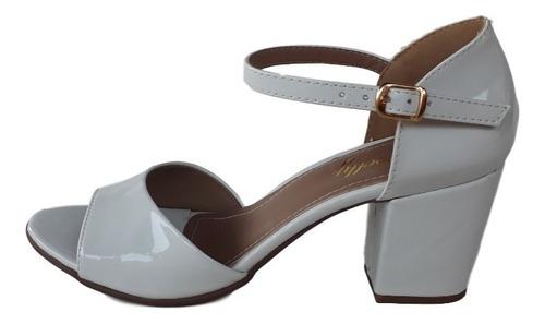 sandália salto alto médio grosso boneca branco peep toe