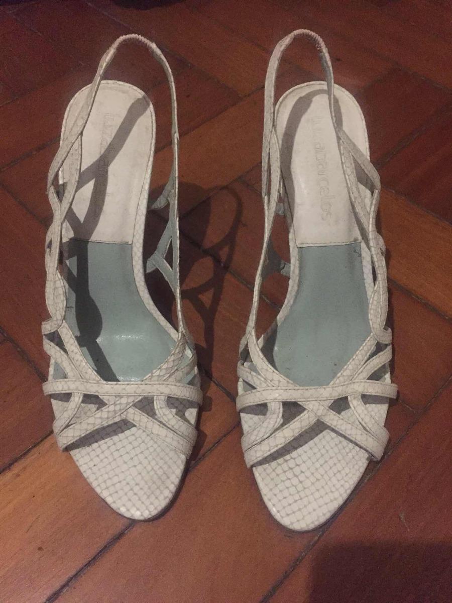 32136a88d1 sandália salto couro branca luiza barcelos. Carregando zoom.