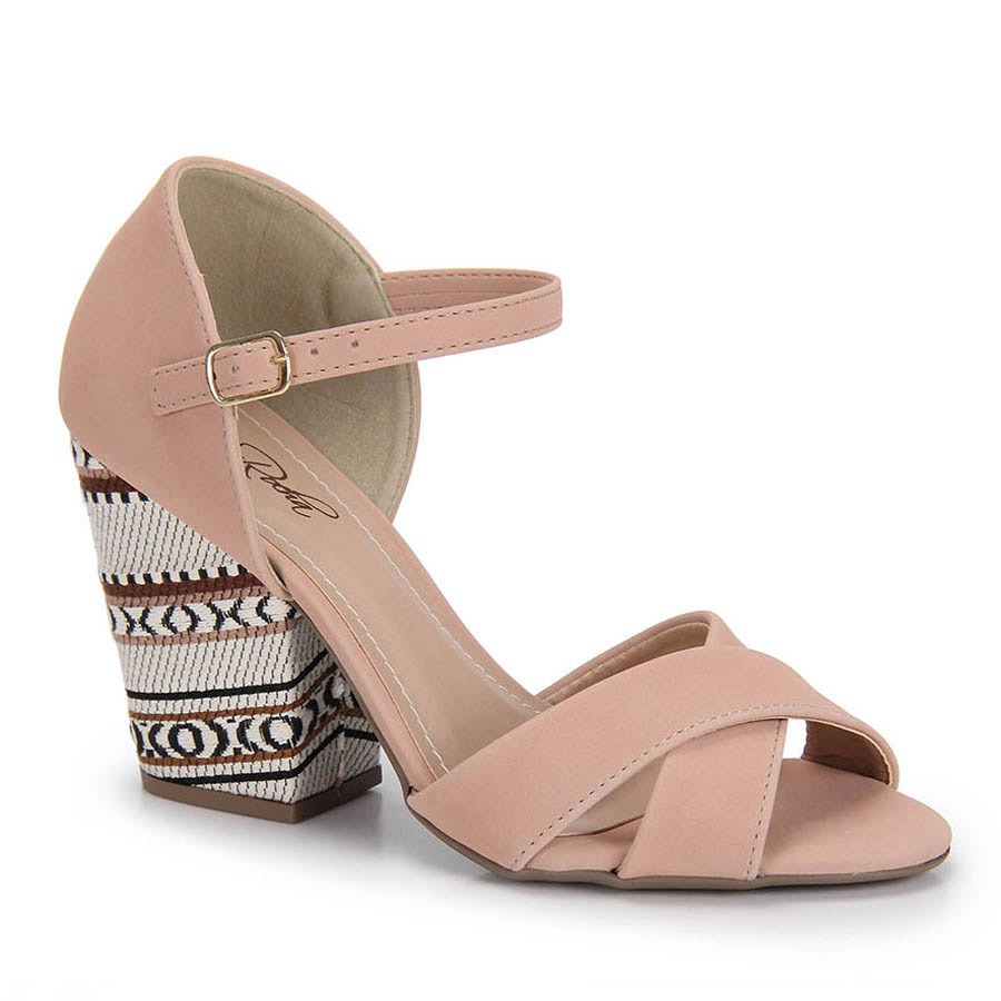 a8e11e4365 sandália salto grosso bruna rocha - nude. Carregando zoom.