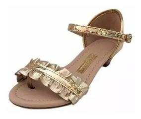 e170cfd80 Sapato Infantil Molekinha Com Salto - Sapatos com o Melhores Preços no  Mercado Livre Brasil