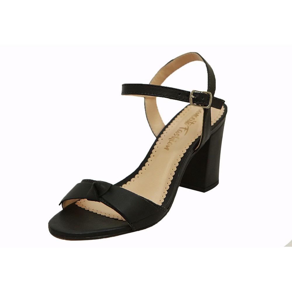 335ddb7d1d sandália salto largo preto. Carregando zoom.
