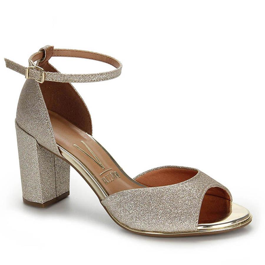 8822cff68 sandália salto vizzano glitter - dourado. Carregando zoom.