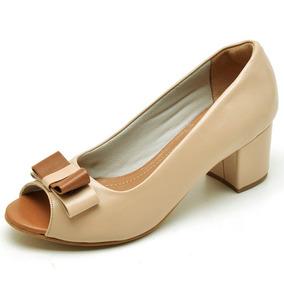 9b67931ad2 Sapato Hospitalar Cauzioneh Plus Feminino - Sapatos Creme no Mercado ...