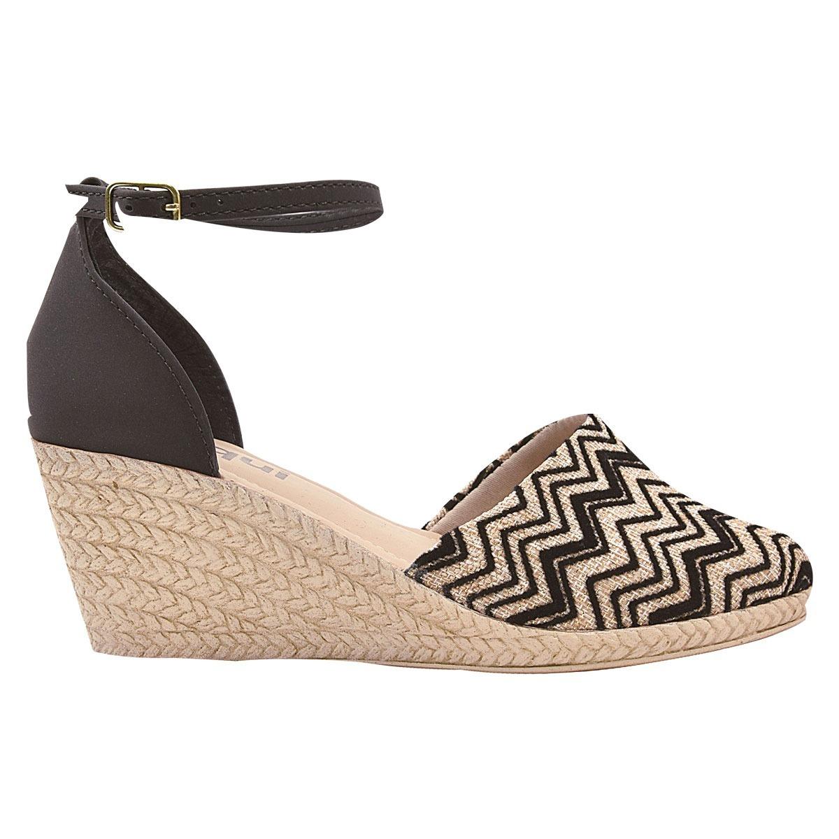 efa56eff9 sandalia sapato feminina anabela salto alto tratorada snp. Carregando zoom.