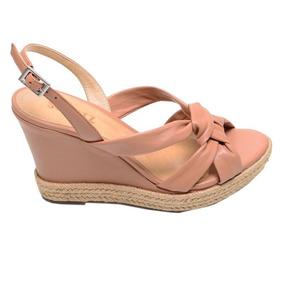 e7a2863be Sandalia Anabela Schutz - Sapatos para Feminino Marrom no Mercado ...