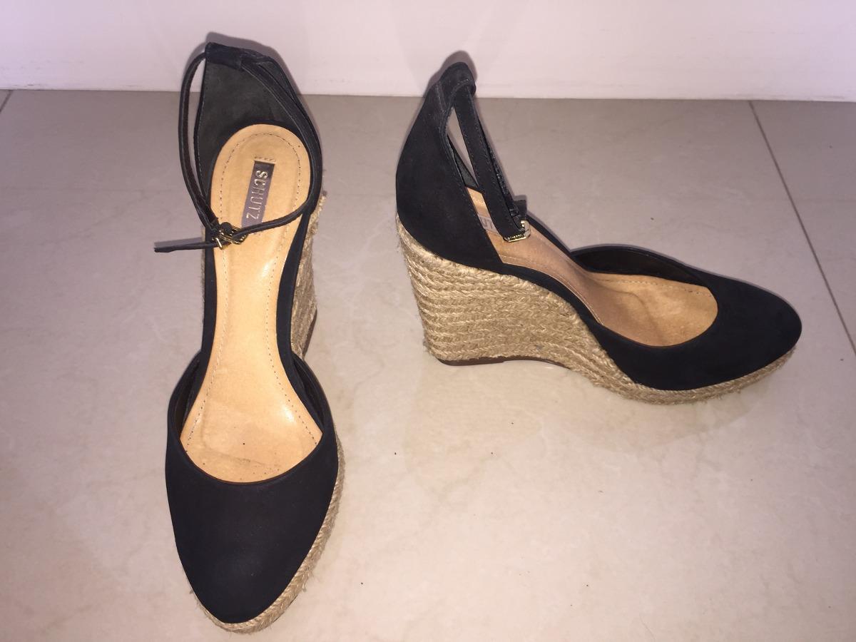 66cc8a4d46 sandália schutz anabela - salto em corda - preto - usada. Carregando zoom.