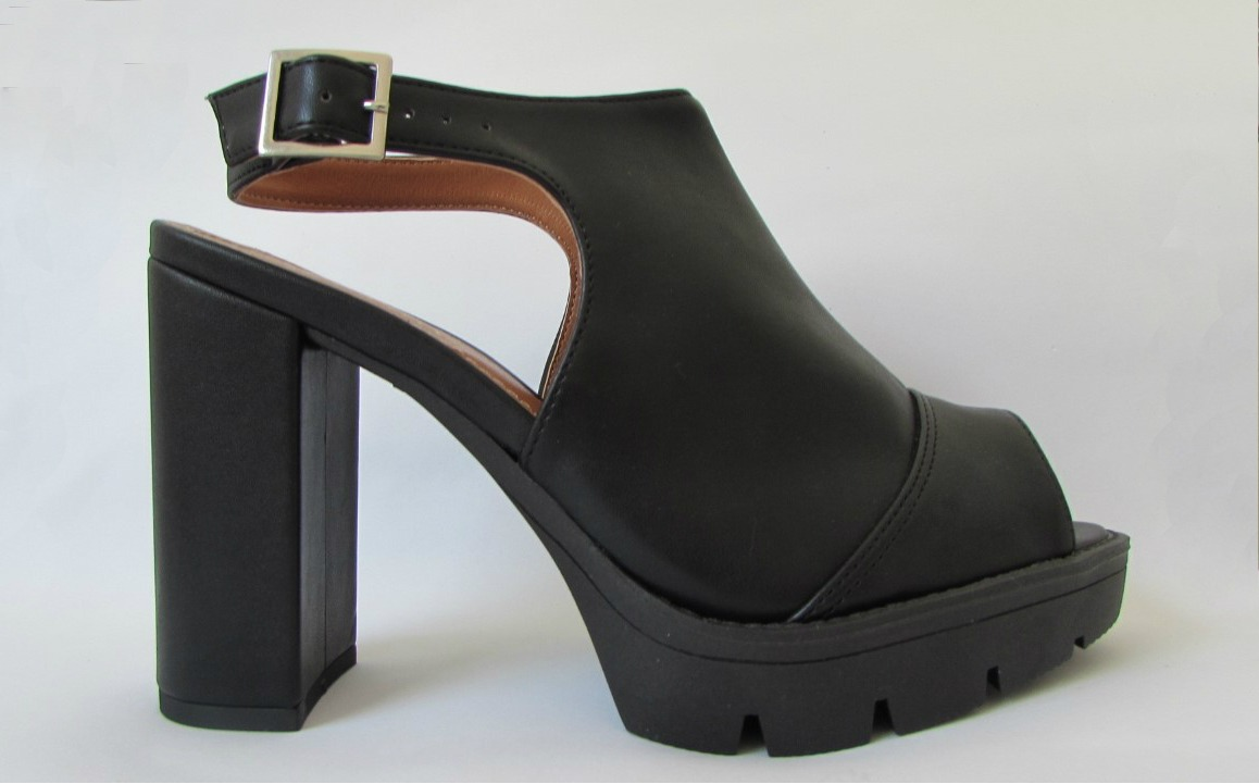 8979b7bf7 sandália social feminina salto alto grosso plataforma. Carregando zoom.